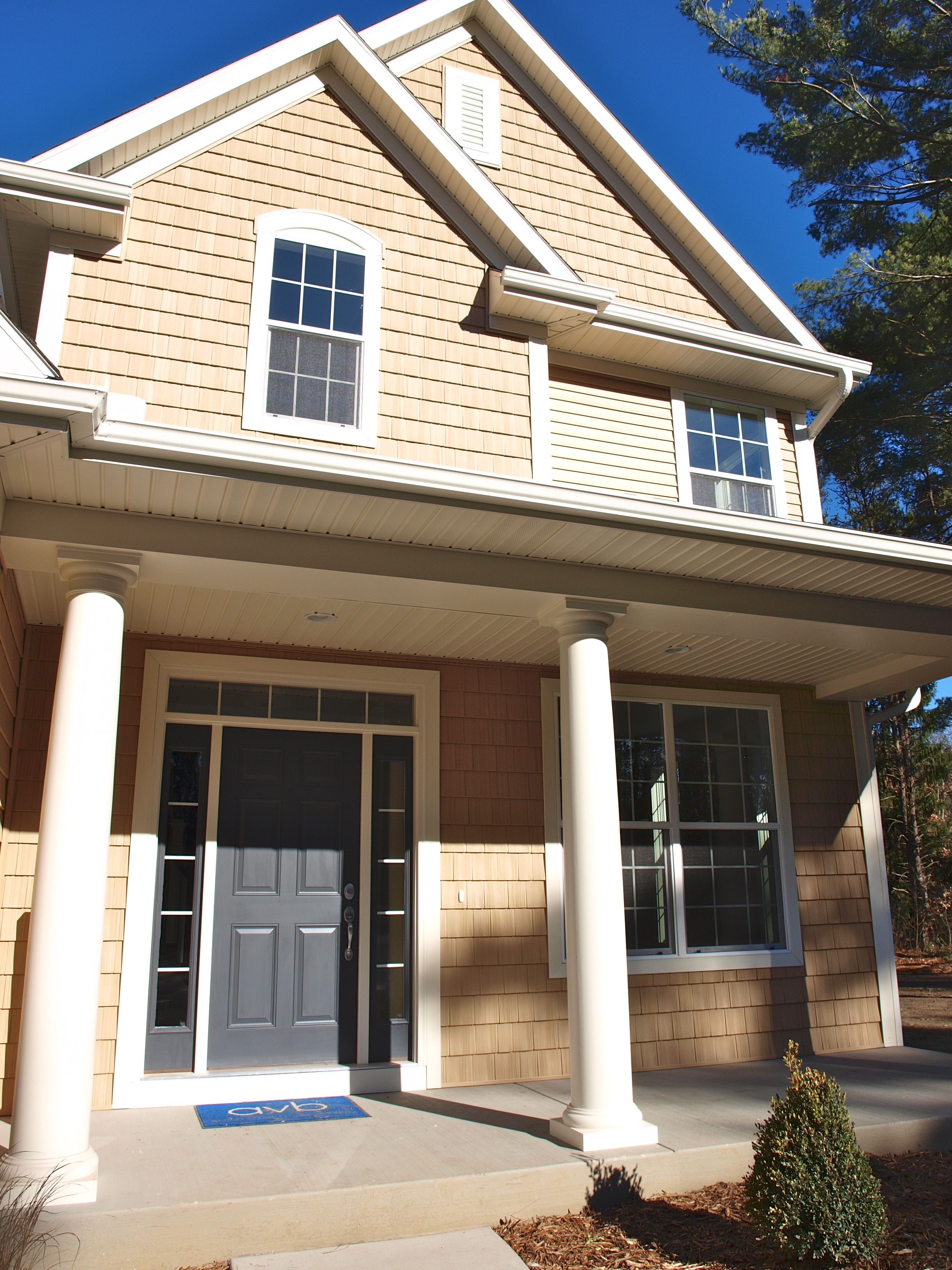 Vinyl shake siding, 8' entrance door with sidelights and