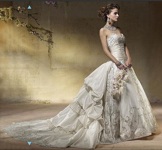 Funny Old Woman Wedding Gowns: Old Fashioned Wedding Dresses