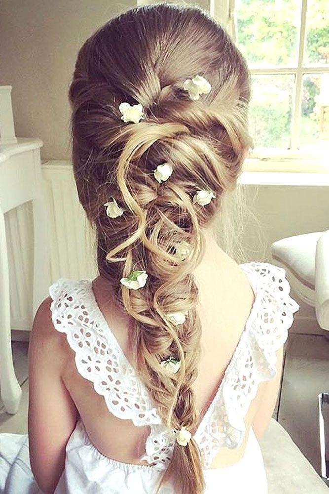 Chouette id e de coiffure pour une petite demoiselle d 39 honneur hairstyles pinterest - Coiffure mariage fille d honneur ...