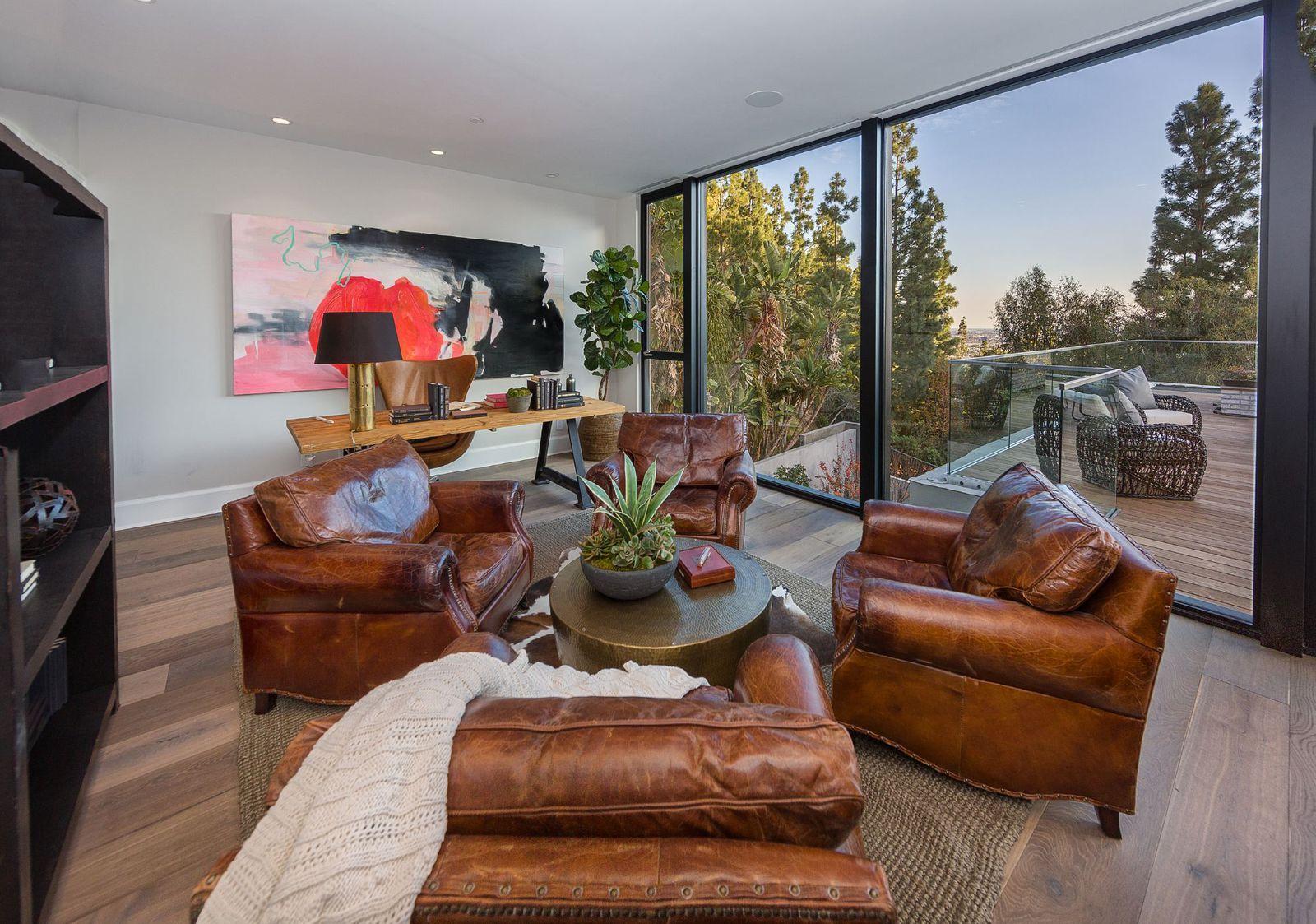 Inside Scott Disicks new $6M house near the Kardashians