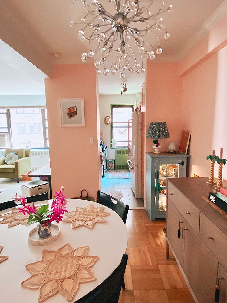 Small Space Squad Home Tour: Inside the colorful, eclectic, and curated NYC home of Tanika Rottura, small house with big style #smallspaces #tinyhouse #livesmall #smallspacesquad #hometour #housetour #minimalist #minimalism #maximalist #colorfulhome