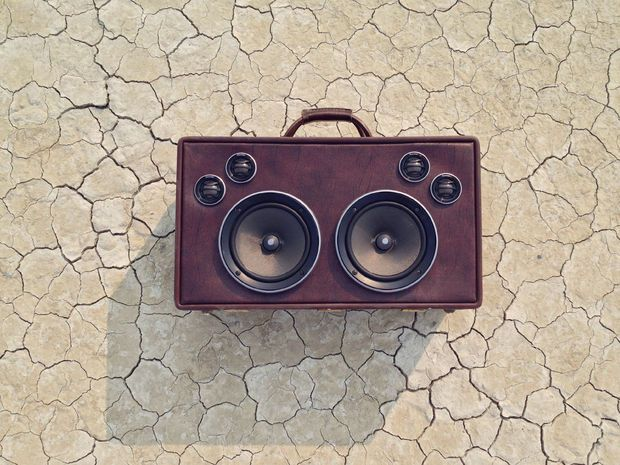 Suitcase BoomBox | Vintage suitcases, Boombox and A project