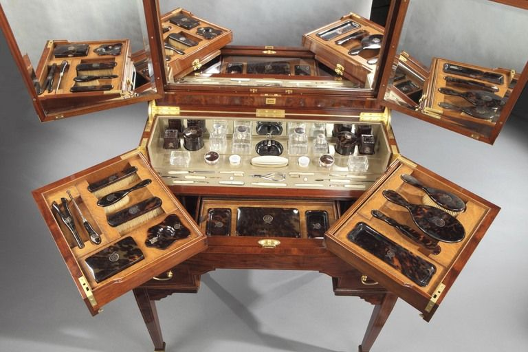 A Fine Antique Ladyu0027s Dressing Table By George Betjemann U0026 Sons Image 3