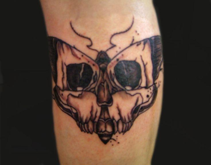 d9c3cca13a42d Moth Skull Tattoo On Leg | Bees | Moth tattoo, Tattoos, Skull moth