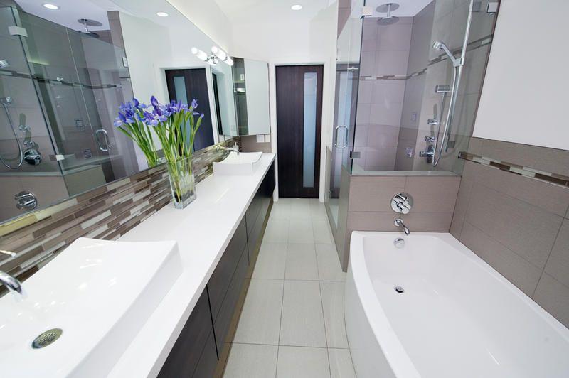 Long, narrow bathroom idea. | Narrow bathroom, Long narrow ...