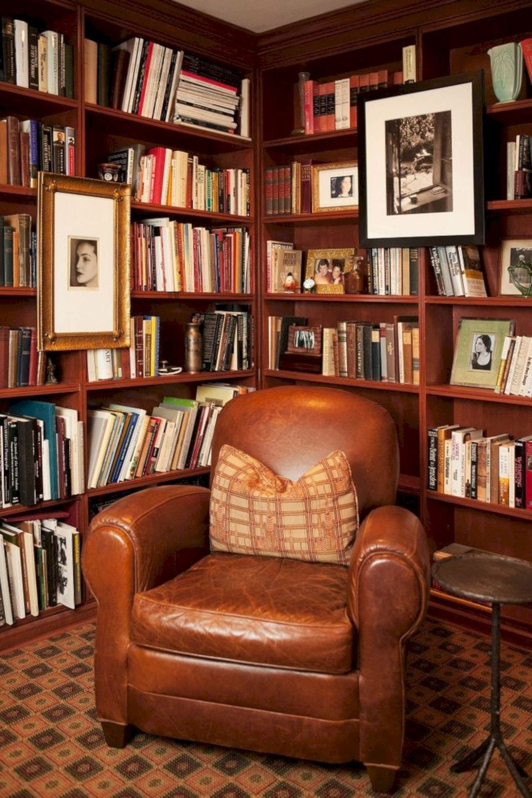 Home Library Room: 10 Timeless Home Decorating Trends That Never Go Out Of