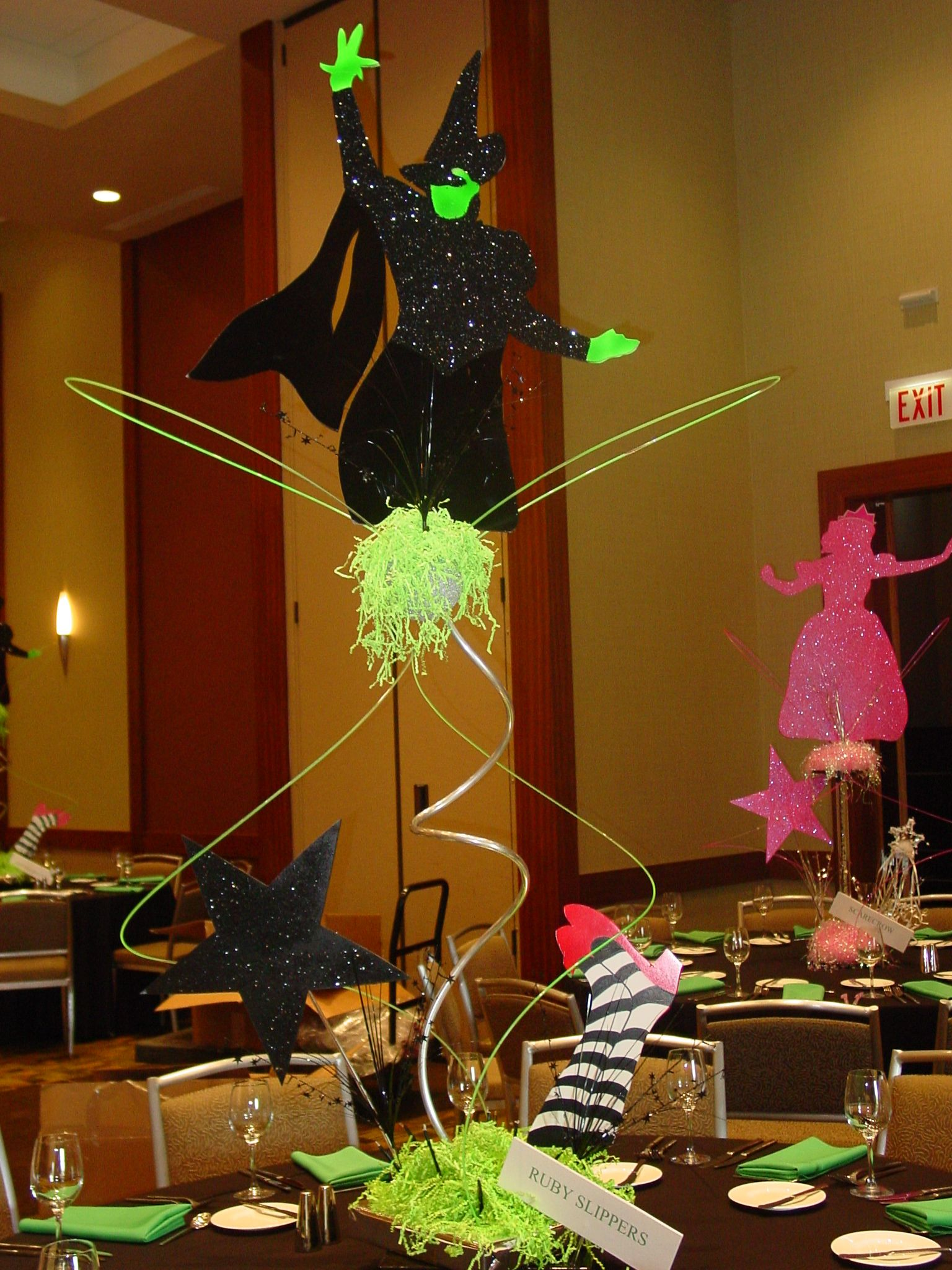 Witches Of Oz In 2020 Broadway Theme Party Wizard Of Oz Decor