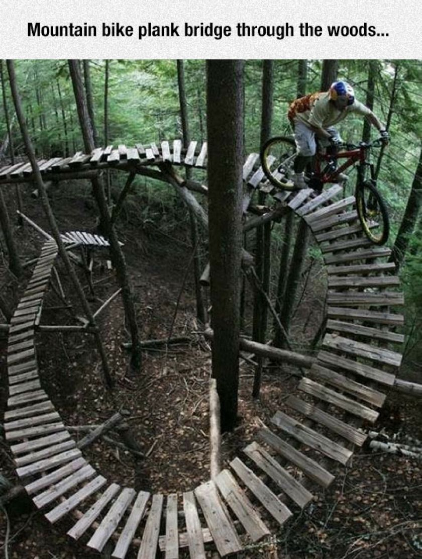Gags Funny Pictures Getfunwith Downhill Mountain Biking
