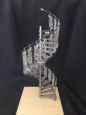 Best Amsi Metal Assembled Ornate Spiral Staircase 10 Ornate 400 x 300