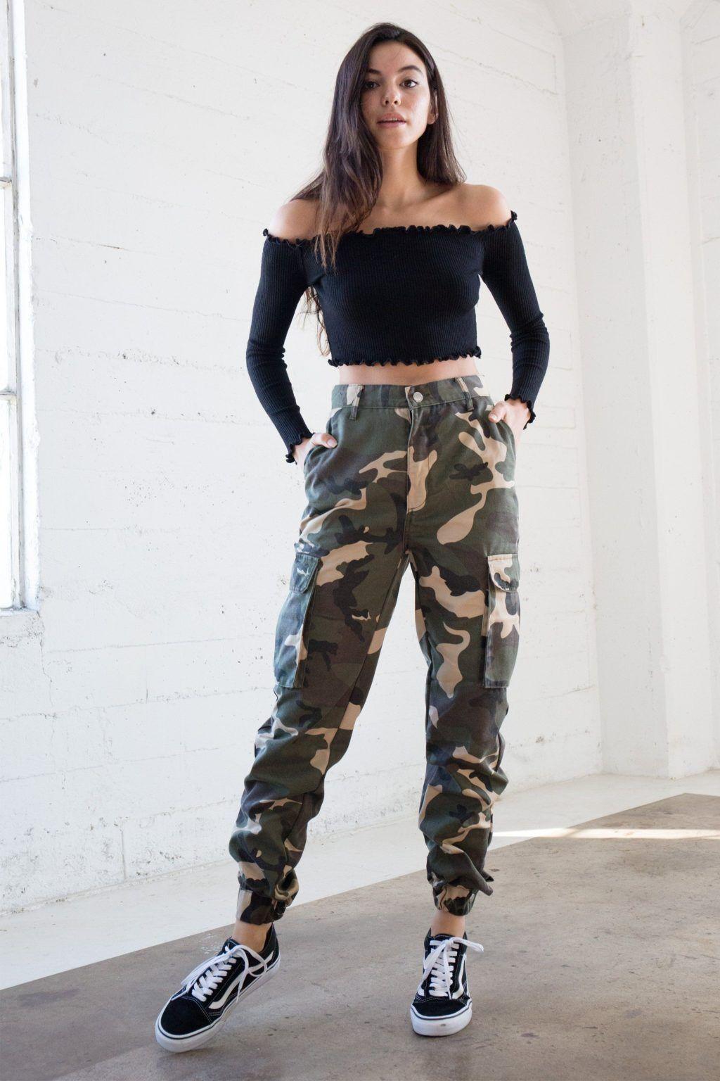 15 Maneras de llevar prendas estilo militar sin pe