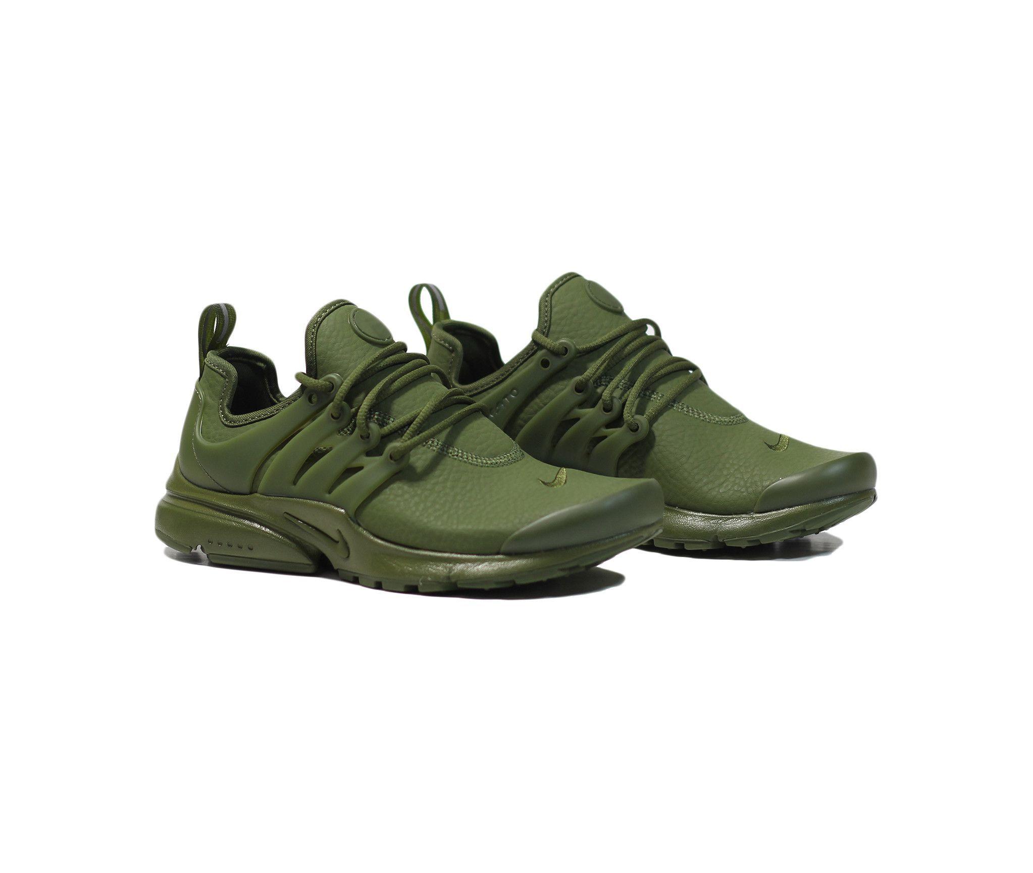 New Presto Fly kicks in olive green. Comfy AF. | Green nike