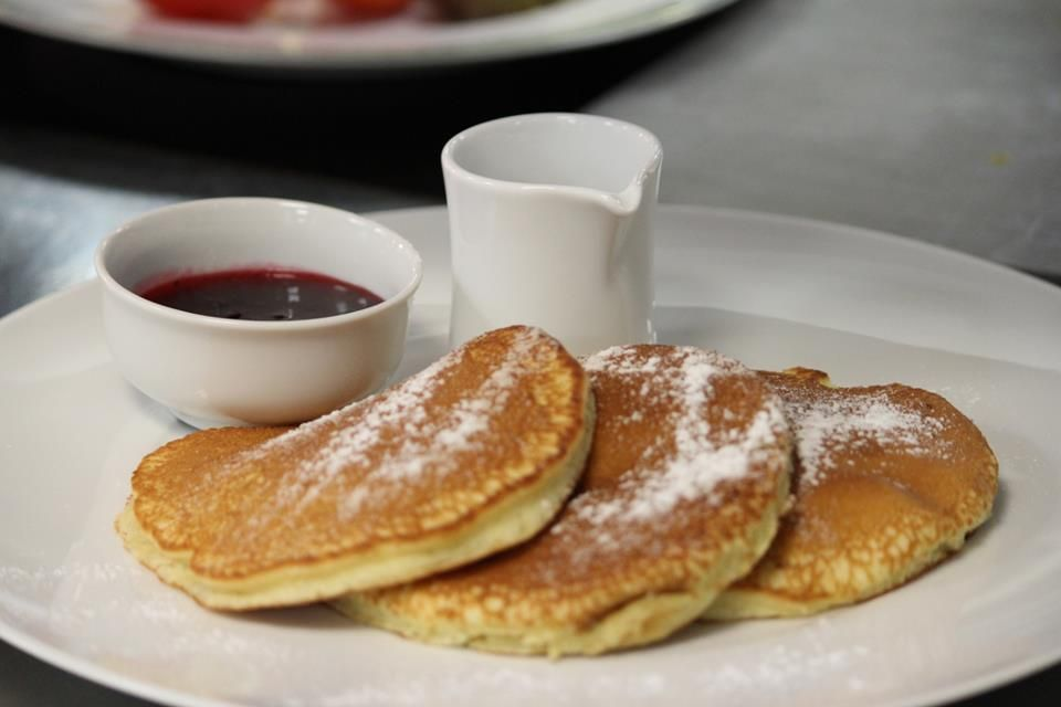 Join us for breakfast in CottoCrudo and start your day with pancakes!