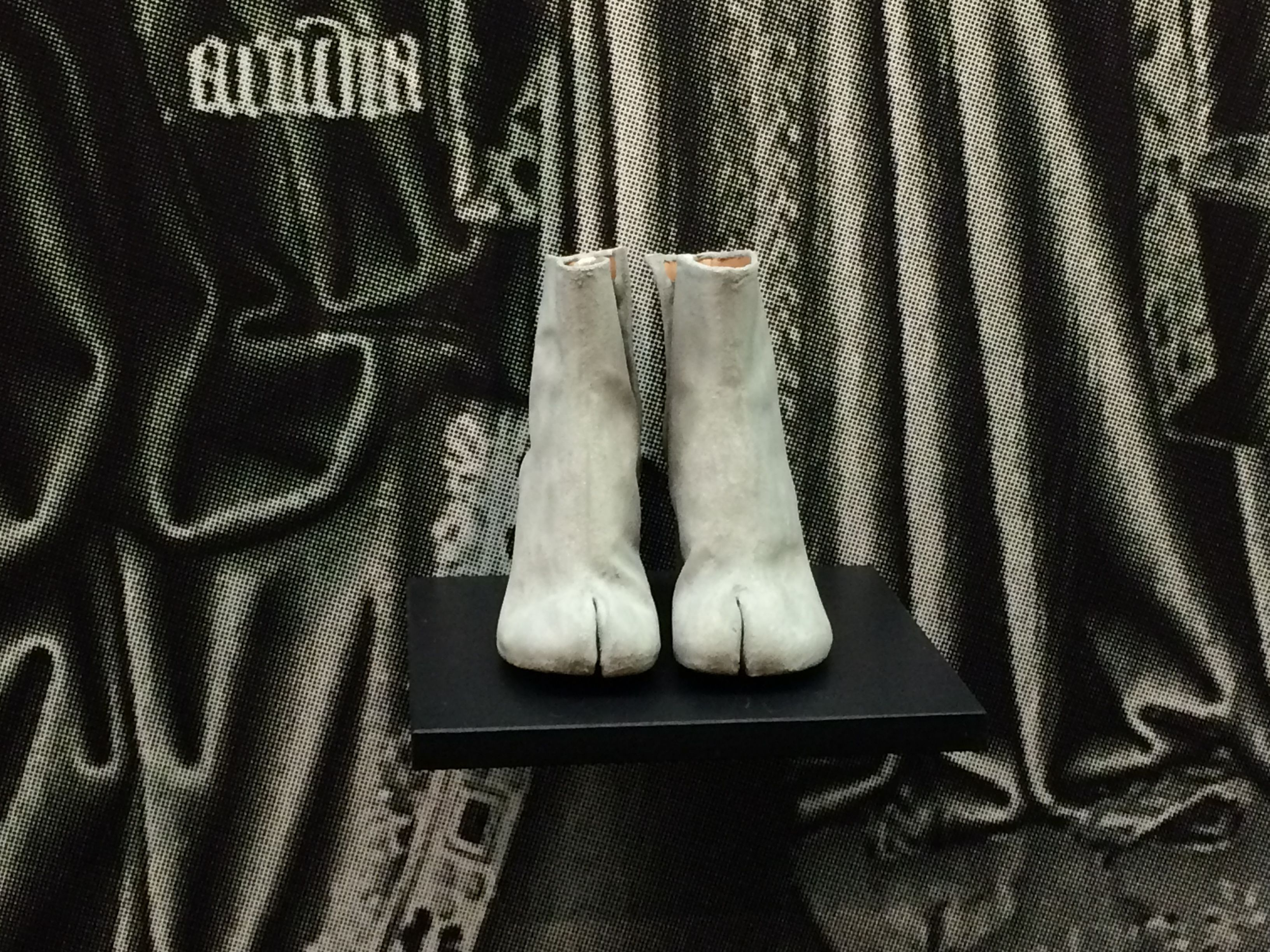 Tabi Ankle Boots_ Maison Margiela From 'The Belgians, an unexpected fashion story' Bozar_2015