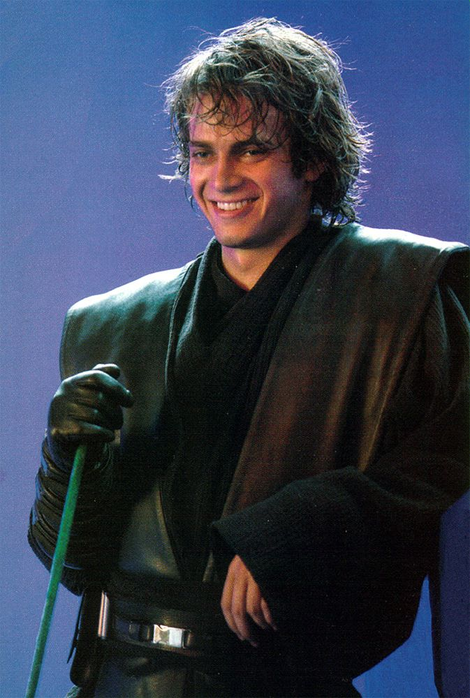 Hayden Between Takes On Revenge Of The Sith See He Can Smile Although He Never Did In All Of Episode Iii Star Wars Anakin Star Wars Men Star Wars Humor