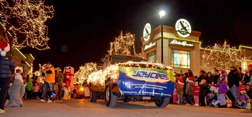 Naperville Jaycees at the Little Friends Parade of Lights