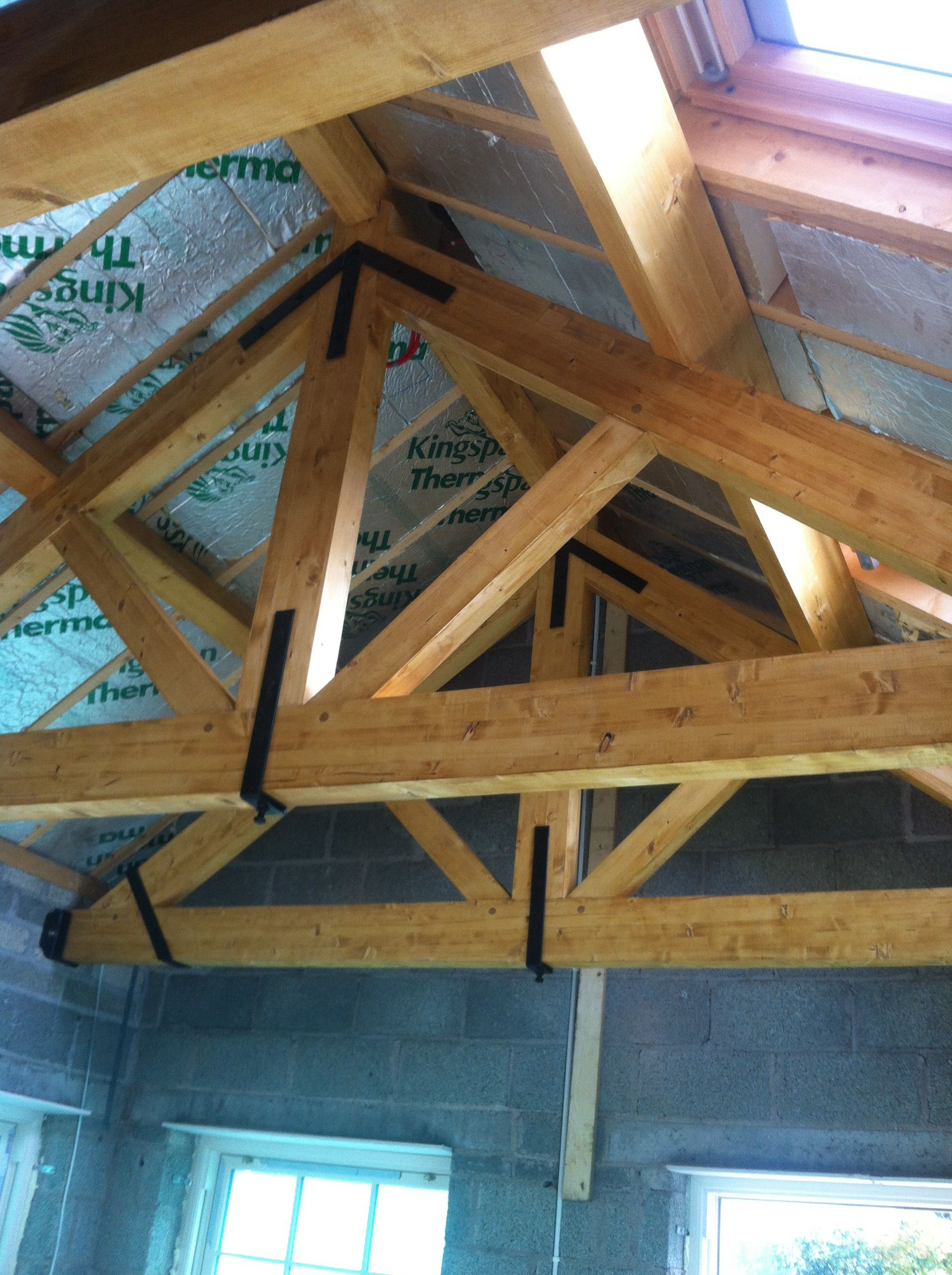 Glenforts Glulam Featured Roof Truss With Iron Work Roof