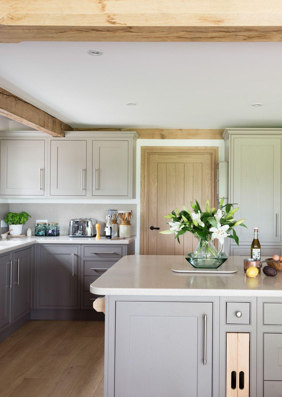 border oak farmhouse kitchen small farmhouse kitchen kitchen style kitchen projects on farmhouse kitchen small id=22020