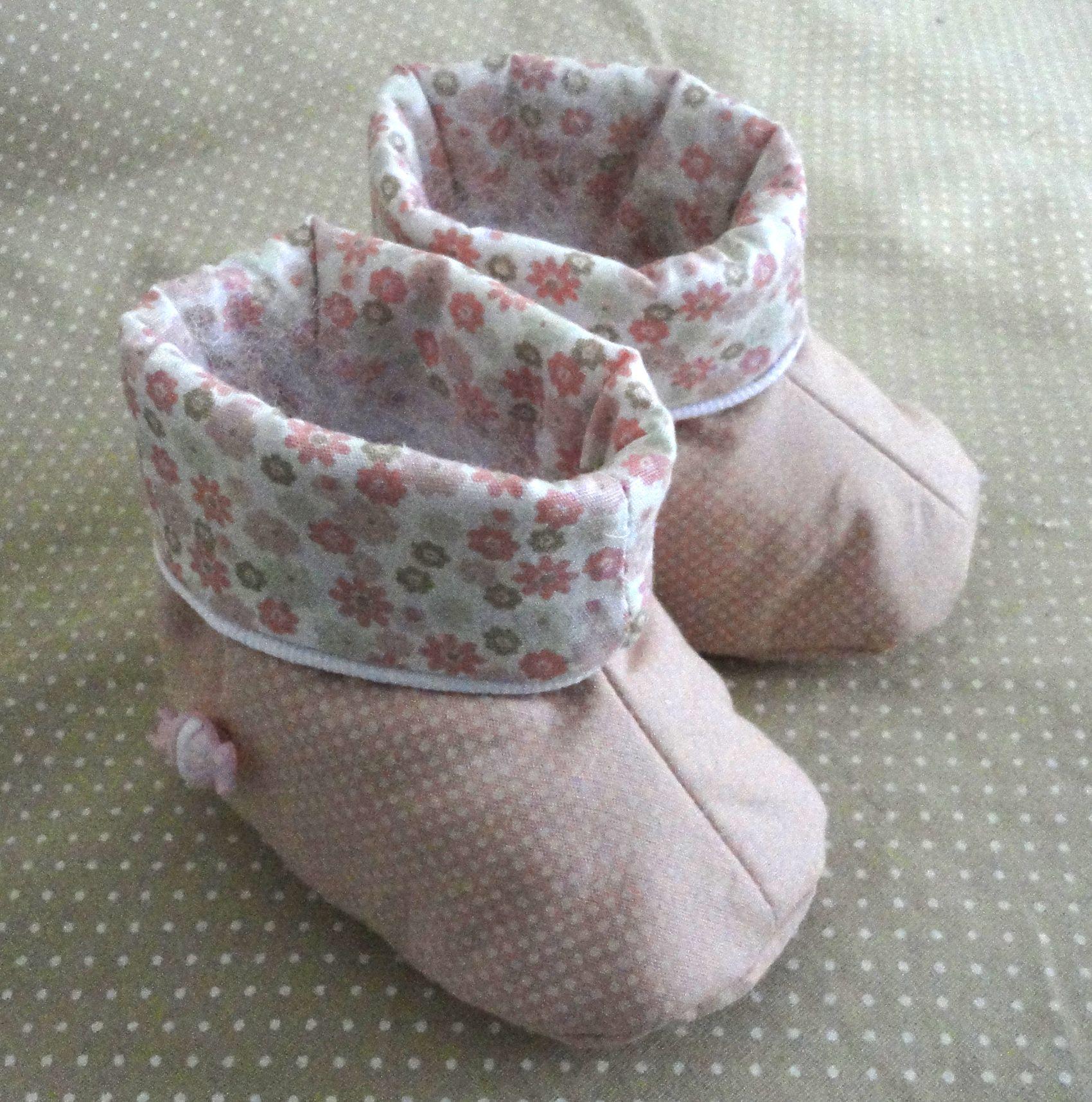 Botita uni de 0 a 12 meses zapatitos bebes Pinterest