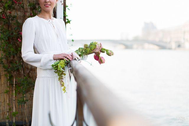 Bouquet de mariée de Saints Pères Flower - Robe de mariee hippie chic Vanessa Bruno Maria Luisa Mariage Printemps Listes Les Cerises de Mars - Photo Tiara Photographie - La Fiancee du Panda Blog Mariage & Lifestyle