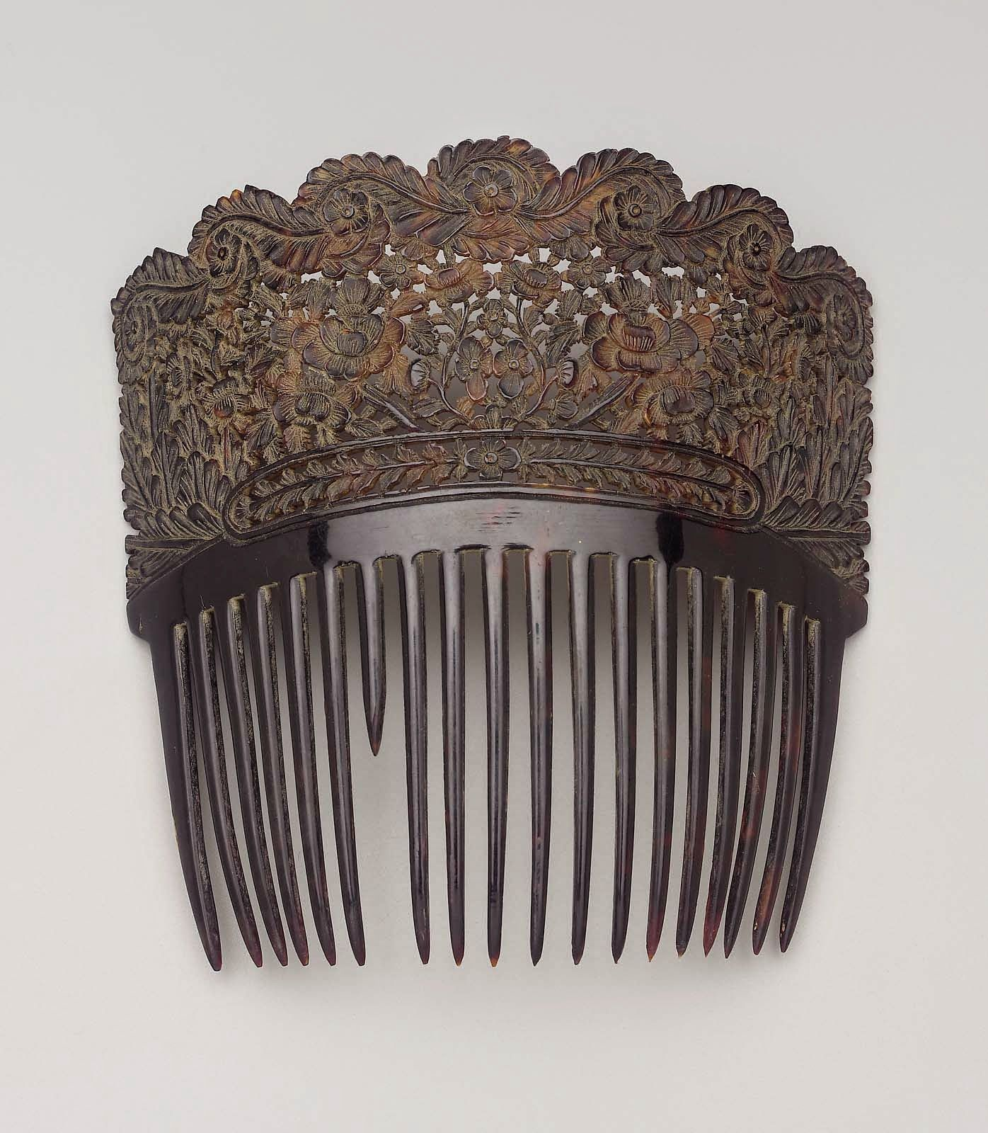 Tortoiseshell comb, 19th cent. American