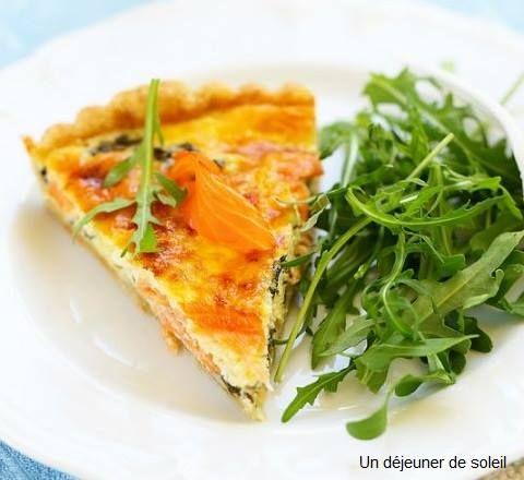 Ce soir, on se prépare une Tarte aux 2 saumons et on se gardera une part pour demain midi au bureau :)  Avec une petite salade, c'est le top du top ! Découvrez notre recette => http://ow.ly/OCYqp