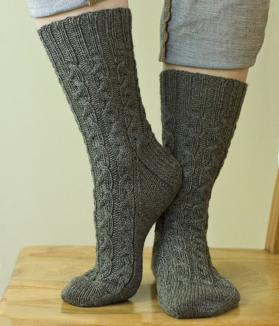 Albuss Socks Pattern By Virginia Sattler Reimer Ravelry Socks
