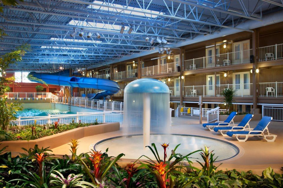 The Indoor Water Park At The Ttravelodge Ottawa Hotel Conference