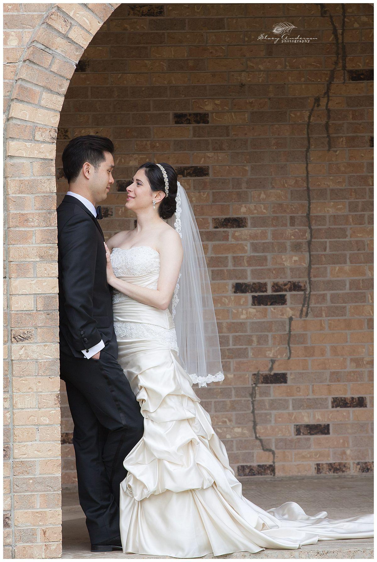 St. John Vianney Catholic Church wedding photographer / Stacy ...