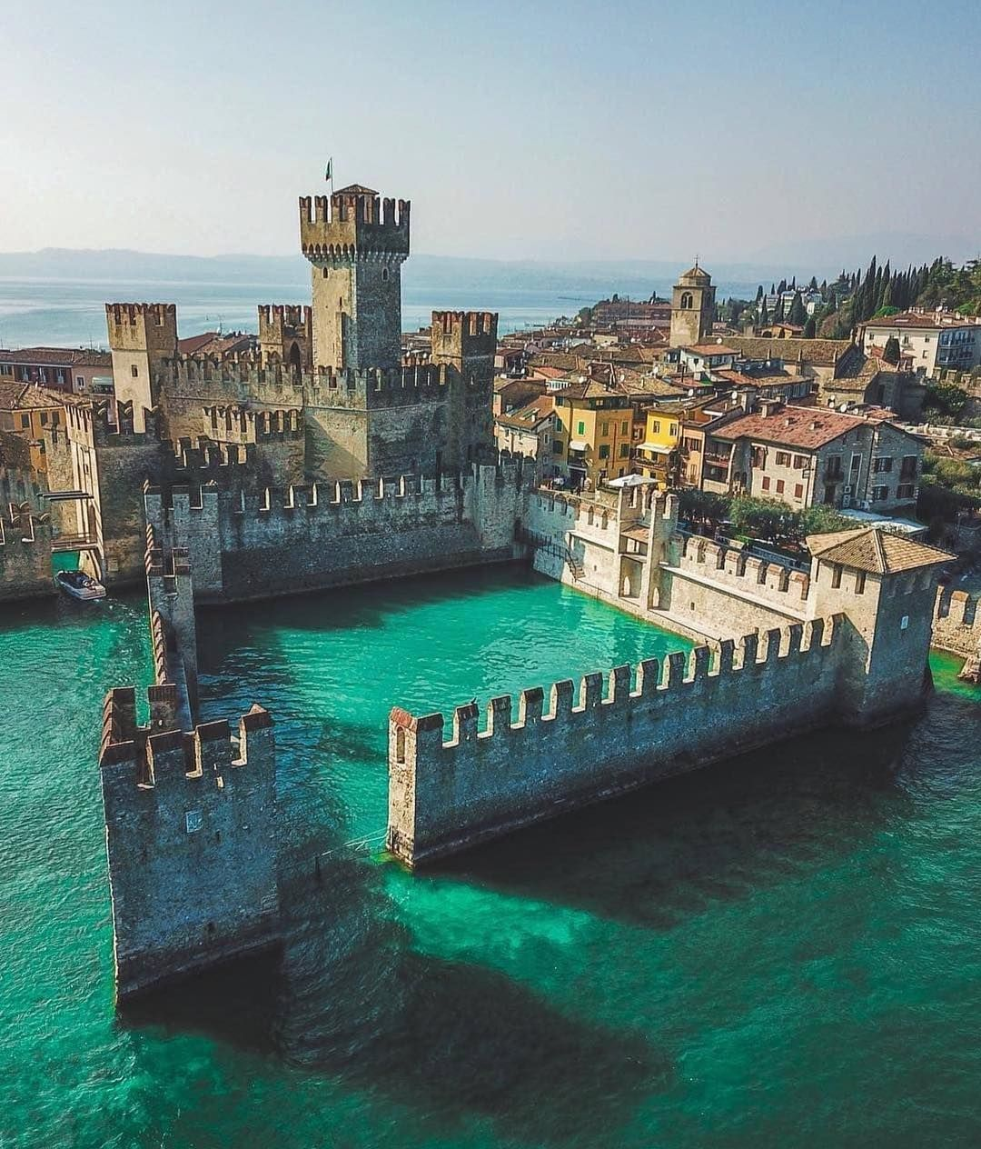 Photo of That is why Lake Garda is the ultimate romantic destination – I travel