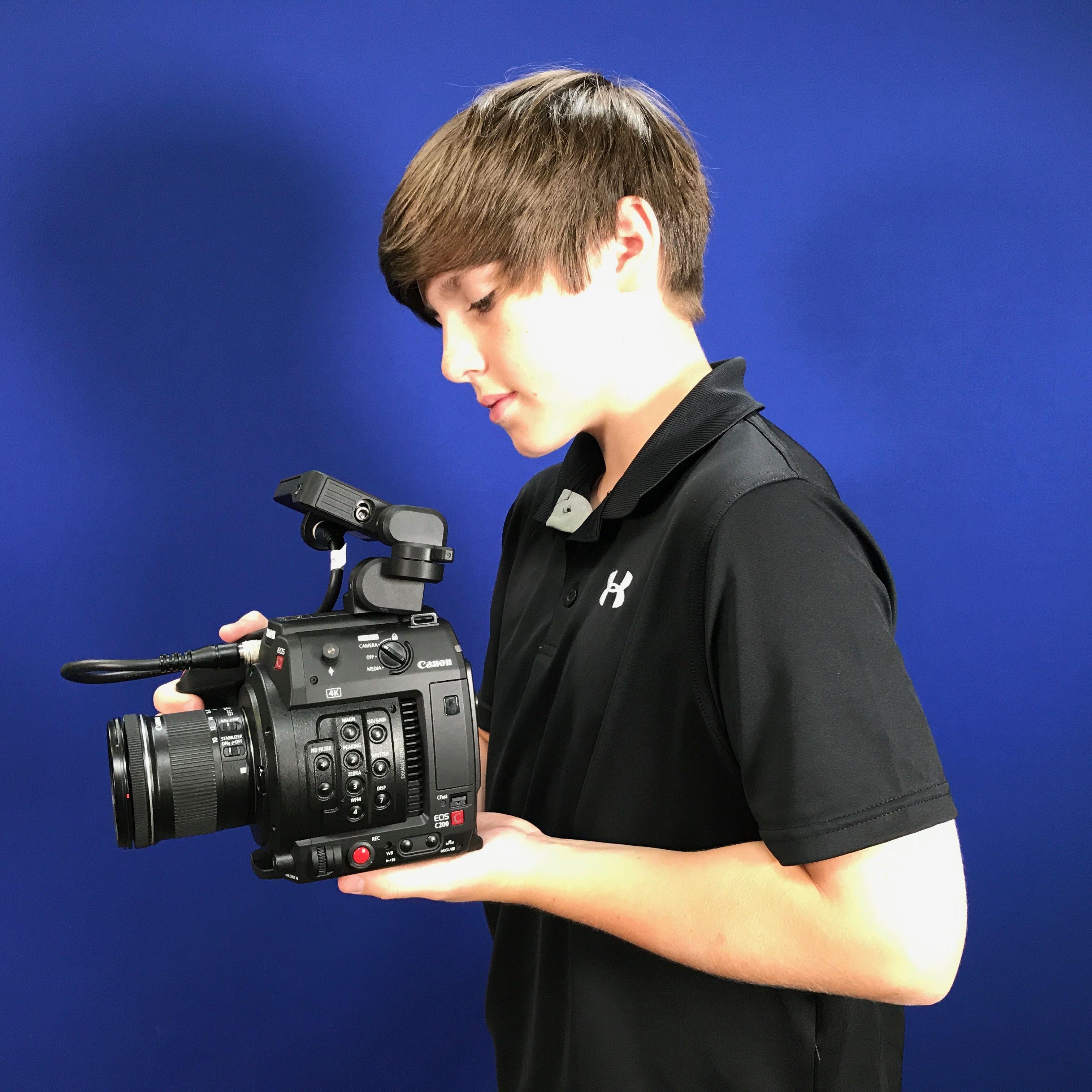Canon C200B Digital Cinema Camera Body w/o EVF - 2216C002
