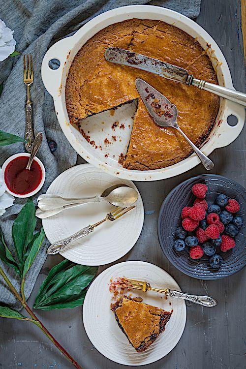 Esta es la mejor receta del pastel vasco relleno de frutos rojos y ...