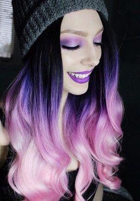 Mujeres con el pelo tenido de colores