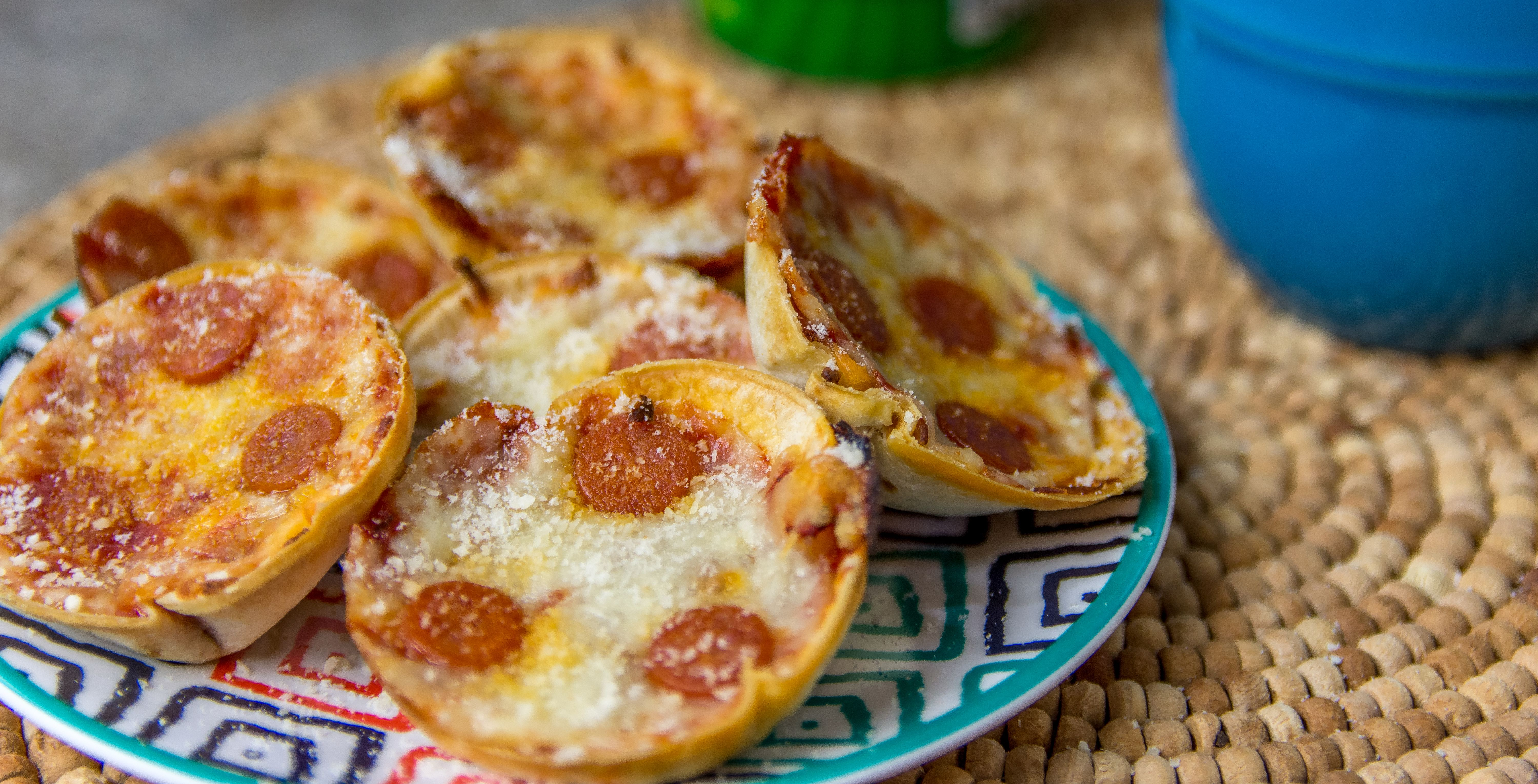 I have a great recipe to show you today of one of my favorite foods, pizza! I'm going to share how to make this delicious Deep Dish Pizza Bites Recipe!