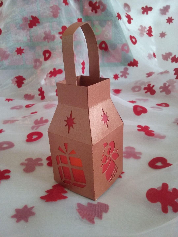 Lanterne fait main en carton et papier calque qui vous permettra de parfaire votre décoration de ...