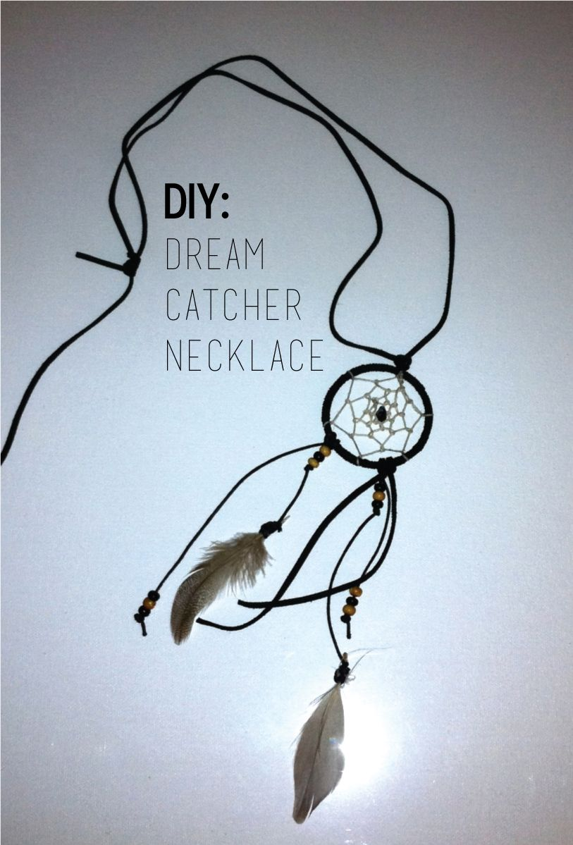 Diy dream catcher necklace activit s manuelles diy pinterest attrape attrape r ve et - Diy attrape reve ...