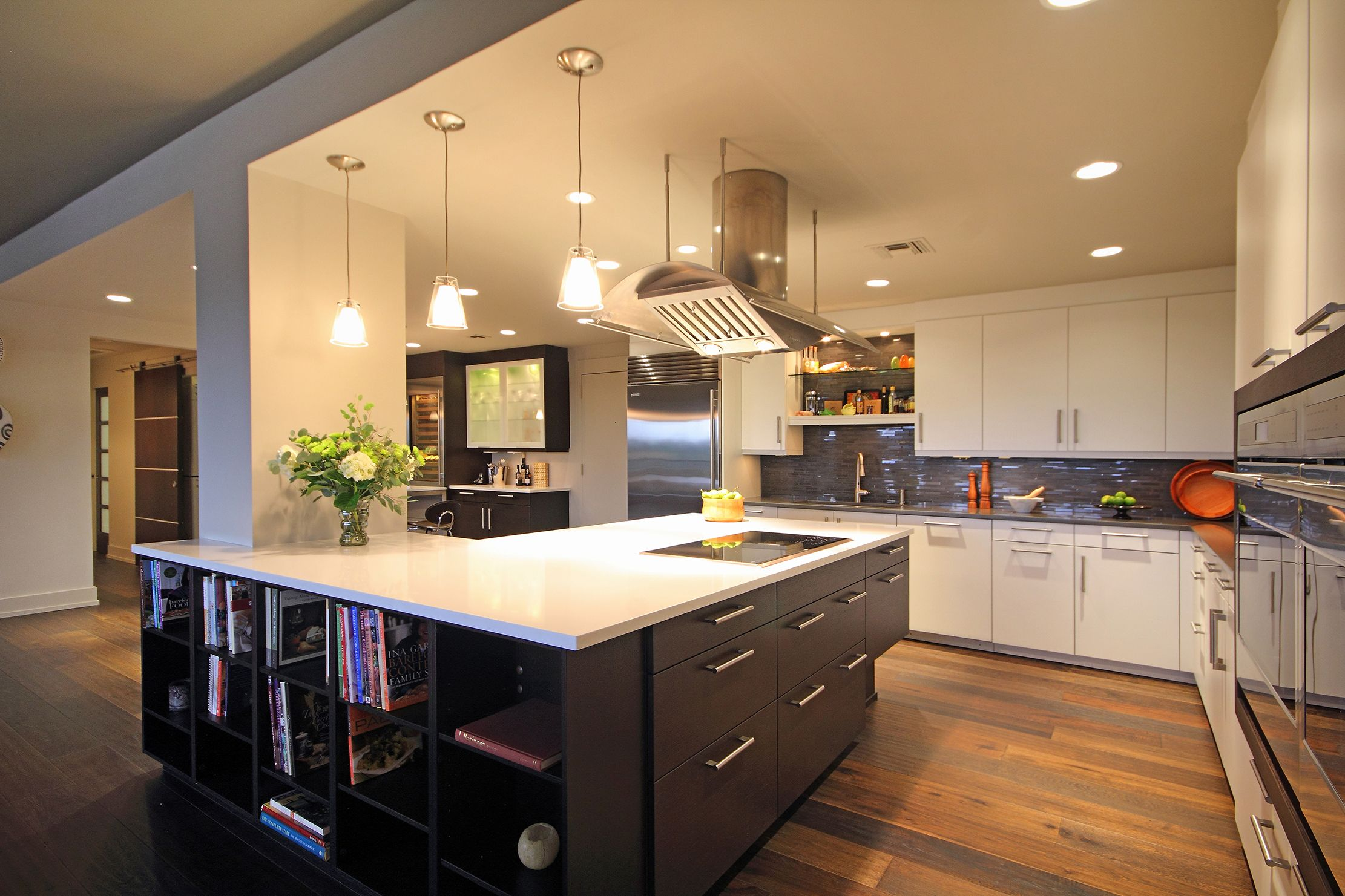 Best Modern Kitchen Renovation Using Leicht Cabinetry By Csi 400 x 300