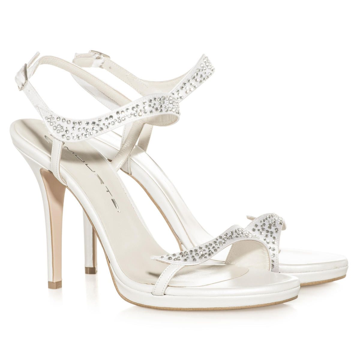 526a8406a1f ΝΥΦΙΚΑ ΠΕΔΙΛΑ ΜΕ STRASS MOURTZI | Perfect Bridal Shoes // Νυφικά ...