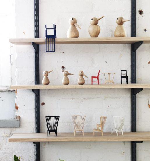 Nice shelf with cute birds.