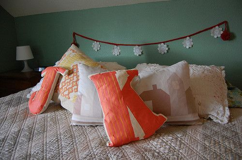 "I like this only because it has ""J"" and ""K"" on the bed, plus its not all white."