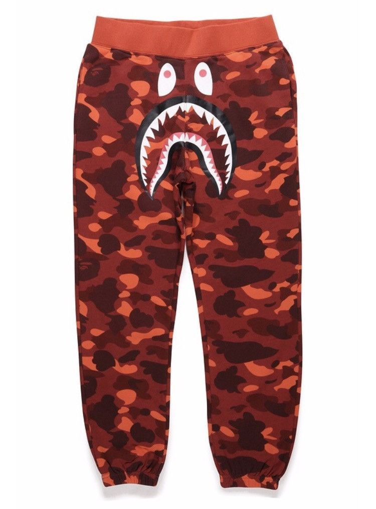 95f4f67a1a78d BAPE 1st Camo Shark Sweatpants Red | Christmas/birthday wish list in ...
