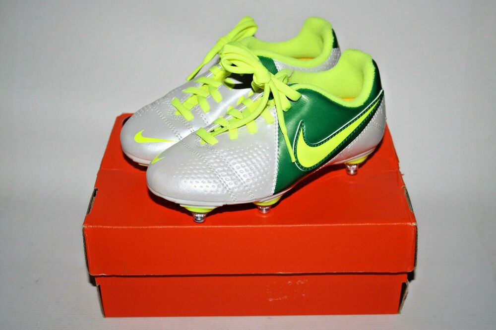 separation shoes 9e9d9 71c07 NEW KIDS JUNIOR NIKE CTR360 LIBRETTO III SG FOOTBALL BOOTS SIZE 10,5