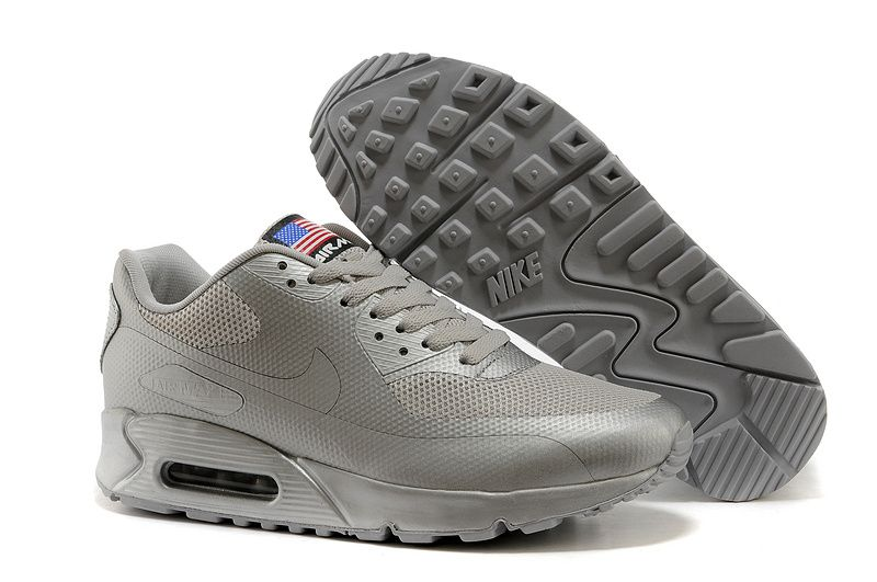 $111.98 discount to $55.99 for Nike Air Max 90 Hyperfuse Quickstrike (USA  Independence Day Pack