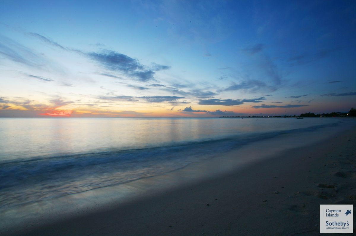 Not only is Seven Mile Beach one the finest beaches in the Carribean but it is also west facing & offers spectacular sunsets. This picture was taken in front on The Heritage Club, Grand Cayman.