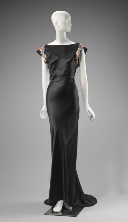 Dress Travis Banton for Anna May Wong, 1932 The Museum of Fine Arts, Boston