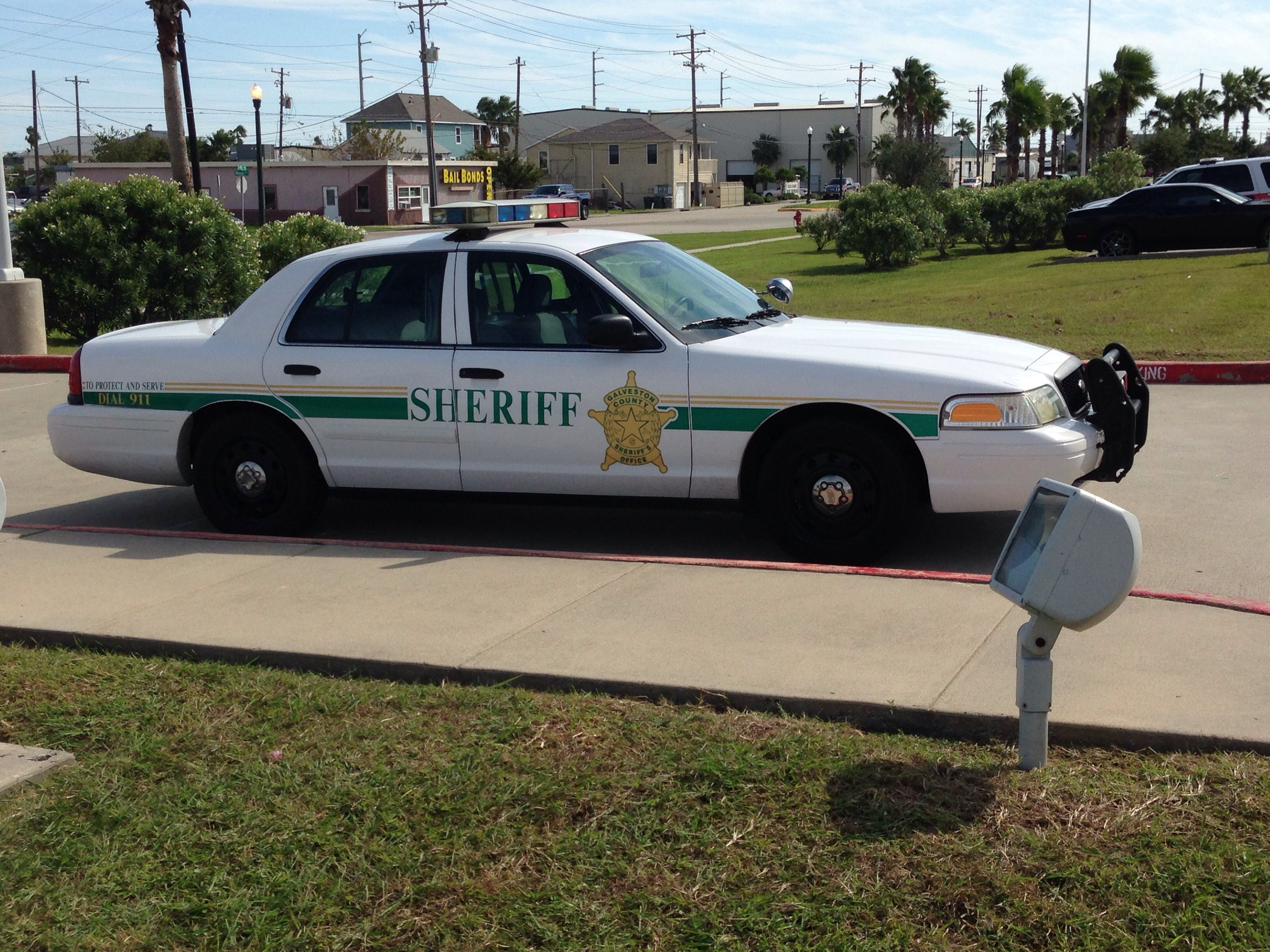 Galveston County Sheriff S Office Ford Crown Victoria Police Vehicles Cars