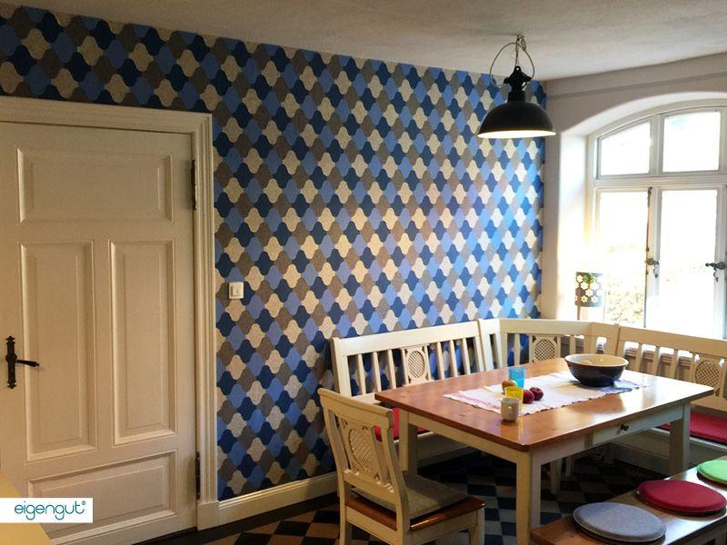 Wandkleid individuelle Wandgestaltung mit #Wollfilz in der Küche
