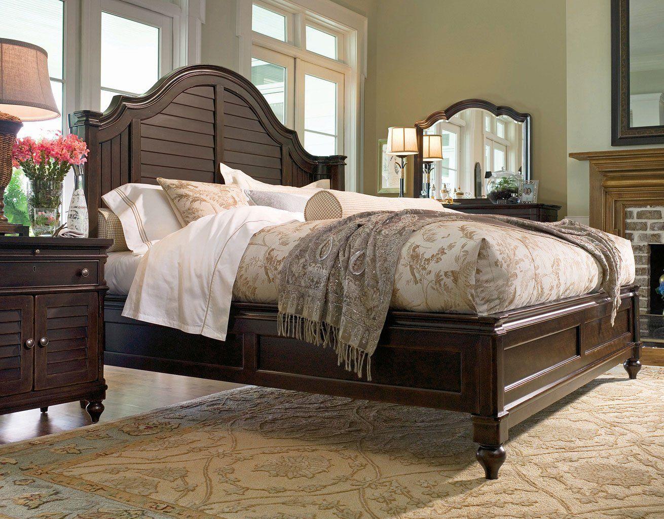 Paula Deen Home Steel Magnolia Bedroom Set (Tobacco)  Paula deen