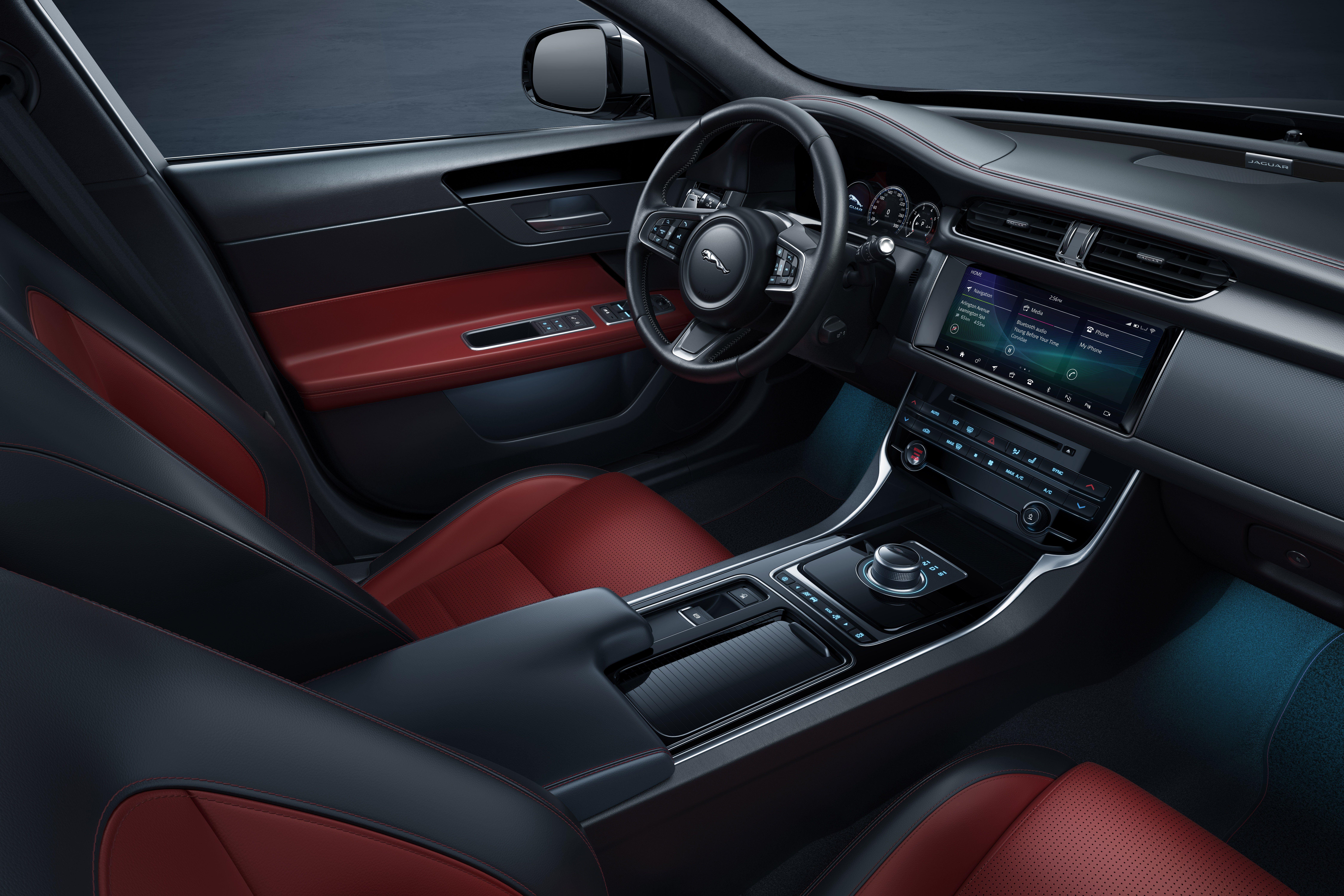 2021 Jaguar C X17 Crossover Performance In 2020 Jaguar Xf Jaguar Xe Jaguar