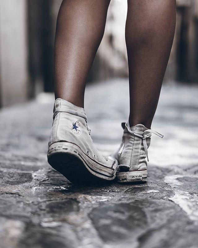 c8e75d355442 WEBSTA   mikutas - Shoes Worn out chucks are the best ones  converse