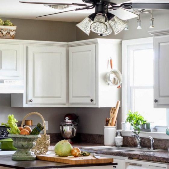 how to paint kitchen cabinets see how this blogger painted these rh pinterest com